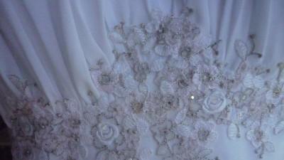 Śliczna, delikatna suknia ślubna