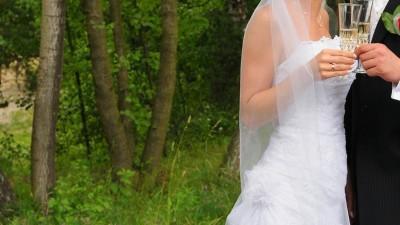 Śliczna jednoczęściowa suknia ślubna firmy La Sposa, model Sandalo