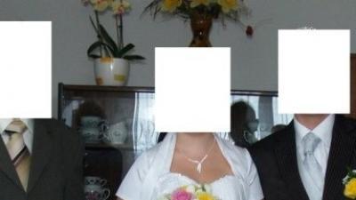 Śliczna jednoczęściowa suknia slubna z kolekcji 2008, zakupiona w lipcu. Gratisy