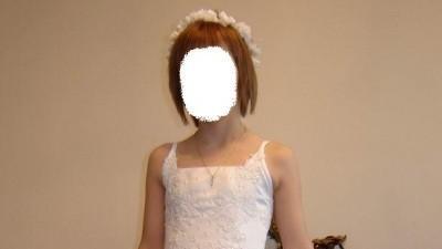 śliczna sukienka komunijna z podpinanym trenem