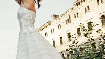 Śliczna sukienka ślubna Firmy Sweetheart  5846 r. 36