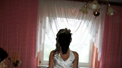 Śliczna suknia firmy SARAH