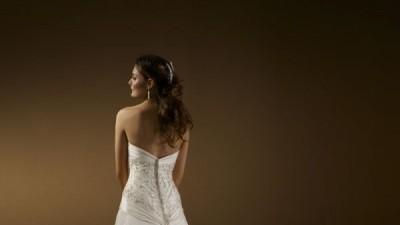 Śliczna suknia MORE LEE model 2170