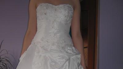 Sliczna suknia ślubna