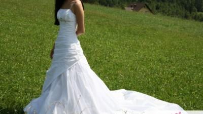 śliczna suknia ślubna 34