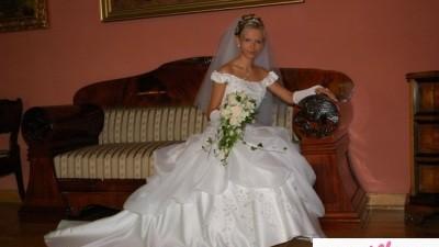 Sliczna suknia ślubna:)