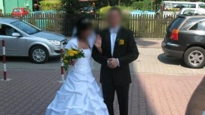 śliczna suknia ślubna  bolerko i buty wliczone w cene