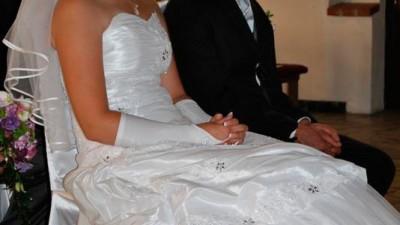 Śliczna suknia ślubna+ dodatki!!!