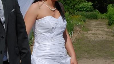 ŚLICZNA SUKNIA ŚLUBNA - Emmi Mariage model Iris - biała
