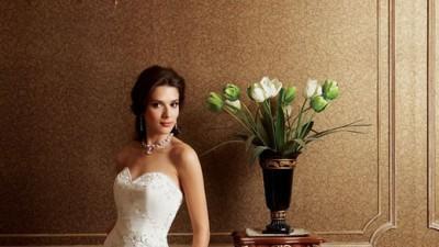 Śliczna Suknia Ślubna  Jasmine F208    Biala    Rozmiar 36-38