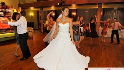 Śliczna suknia ślubna model Papilio 925, rozmiar 38/40, kolor ecru