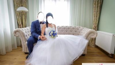 Śliczna suknia ślubna - Princessa