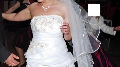 Śliczna suknia ślubna VIVIEN VIGO