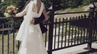 Śliczna zwiewna suknia ślubna