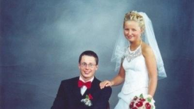 śnieżnobiała elegancka suknia ślubna tanio! firmy Agnes