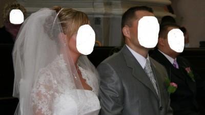 Śnieżnobiała suknia ślubna dla wysokiej i szczupłej