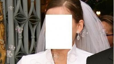 SPRZEDAM białą, jednoczęściową suknie ślubną