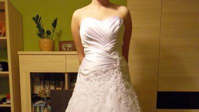 Sprzedam białą suknię ślubną rozmiar 38