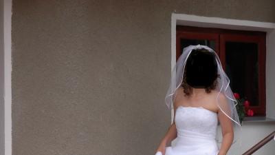 Sprzedam białą suknie ślubną, rozmiar 38-40