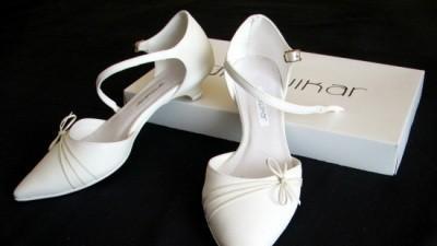 Sprzedam buty firmy Growikar w rozmiarze 35