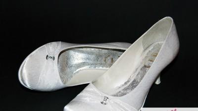 Sprzedam buty ślubne !