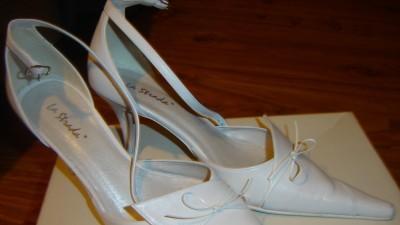 Sprzedam buty ślubne 37