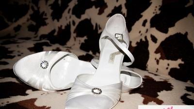 sprzedam buty slubne - rozmiar 35