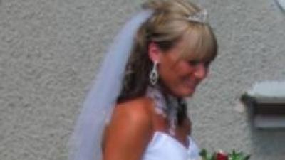 Sprzedam cudną białą suknie ślubną