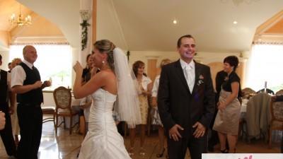 Sprzedam cudowną suknie ślubną!!