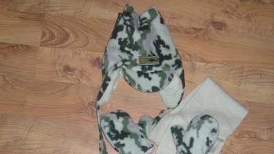 sprzedam czapeczke moro z polarka z rekawiczkami i szalikiem