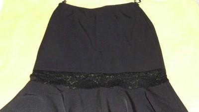 Sprzedam elegancka czarną spódnice rozmiar M