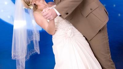 Sprzedam elegancką i wygodną suknię ślubną!