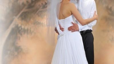 Sprzedam elegancką suknię ślubną z amerykańskiej kolekcji Sophia Tolli