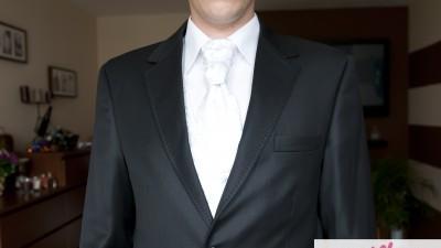 Sprzedam elegancki, klasyczny garnitur ślubny (i nie tylko)