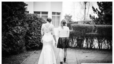 Sprzedam jedyną w swoim rodzaju suknię ślubną z baskinką 36/38