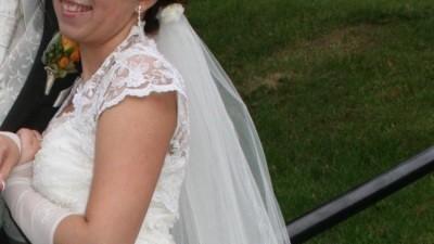 Sprzedam koronkową sukienkę ślubną!!
