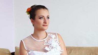 Sprzedam krótką suknie ślubną + Gratis