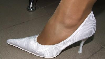 Sprzedam nowe wygodne białe buty ślubne nr 36 i 38