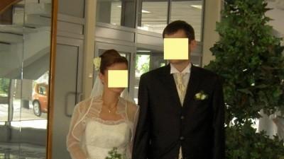 sprzedam perłową suknie ślubną