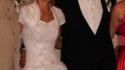 Sprzedam piękna sukienie ślubną