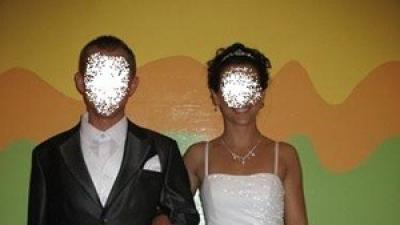 Sprzedam piękną suknię ślubną i męską kamizelkę