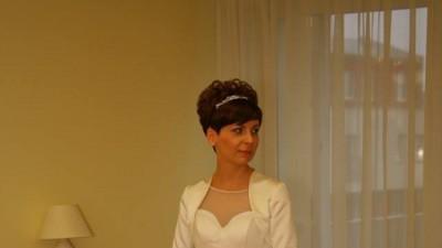 Sprzedam piękną suknie ślubną raz założoną