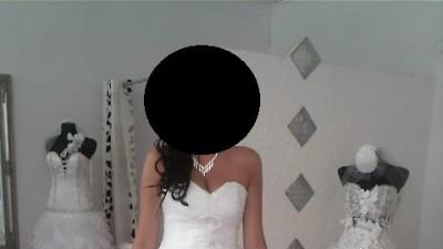 sprzedam piękną suknię ślubną typu hiszpanka (przód krótszy tył dłuższy)