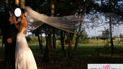 Sprzedam piękną suknię ślubną z hiszpańskiej koronki
