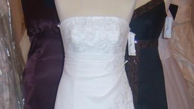 sprzedam piękną suknię ślubną z muślinu i satyny