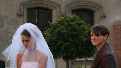 Sprzedam piękną suknię ślubną z salonu