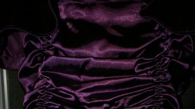 Sprzedam Piękną Suknię Wieczorową z Paryża