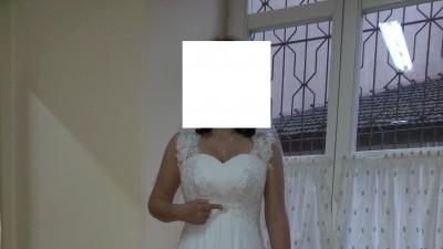 Sprzedam przepiękną i elegancką suknie ślubną