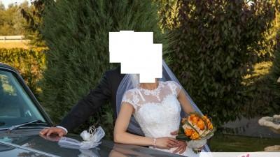 Sprzedam przepiękną suknię ślubną.