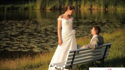 sprzedam przepiękną suknię ślubna Justin Alexander